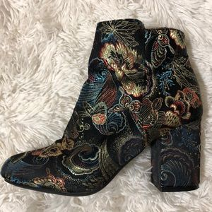 Bamboo Thirst Boots
